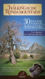 Portada: Walking in the Ronda Mountains. 30 Half-day Walks in Andalucia